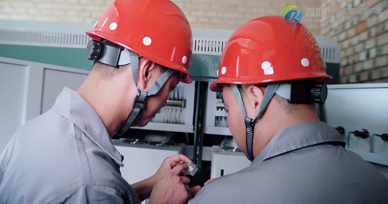 电锅炉电压