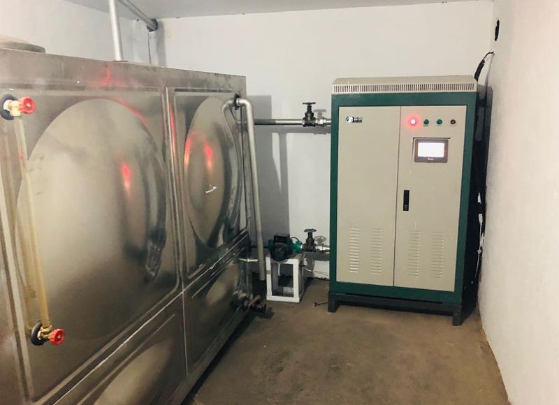 电锅炉蓄热箱